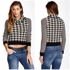 Lucky Brand houndstooth cowl neck sweater sz M